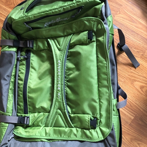 Eddie Bauer Handbags - Eddie Bauer Expedition Luggage 985f5b722cd0f